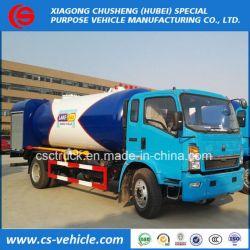 Sino Truck HOWO 6-Wheeler 12000L LPG Bobtail 6 Tons LPG Bobtail with Filling Dispenser