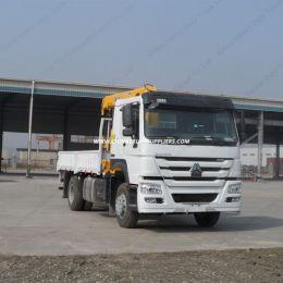 Sinotruk HOWO 4X2 10 Tons Hydraulic Telescopic Boom Truck Mounted Crane
