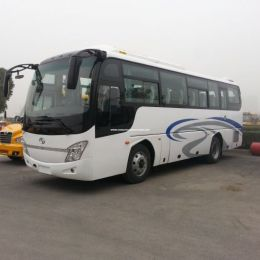 9.5m 37+1+1 Seats Luxury Long Distance Coach Bus