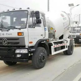 Dongfeng 6 cubic 6m3 4X2 meters concrete mixer truck