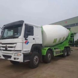 HOWO 8*4 16 cbm construction Cement truck concrete mixer truck